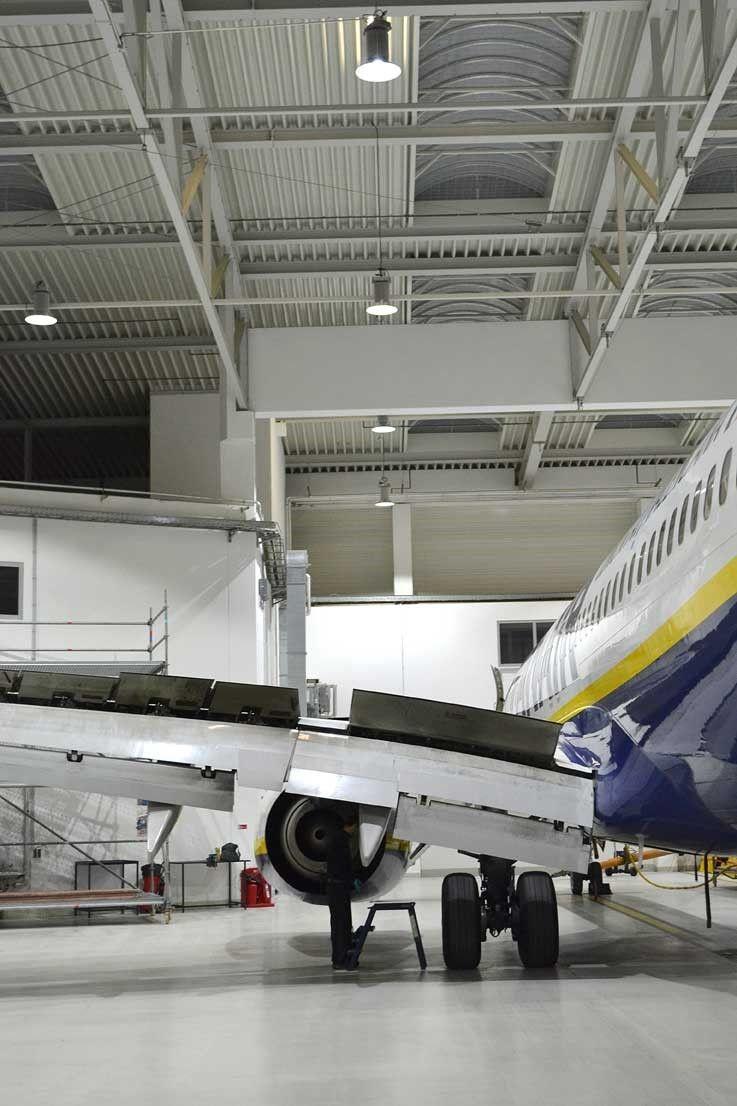 Ryanair koopt led lampen in appingedam for Lampen 500 lux