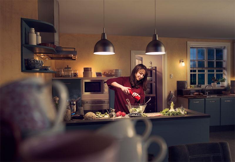 Philips introduceert Philips LED WarmGlow-reeks; het lichteffect ...